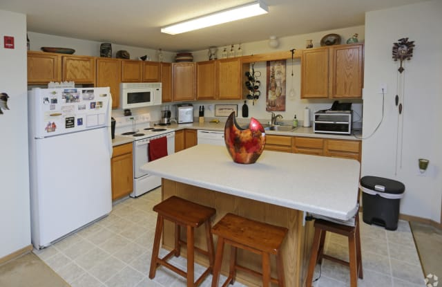 West Ridge Apartments - 2750 South 38th Street, Grand Forks, ND 58201