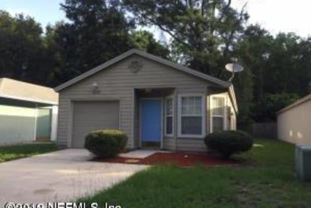5635 ELLIS TRACE DR - 5635 Ellis Trace Drive, Jacksonville, FL 32205