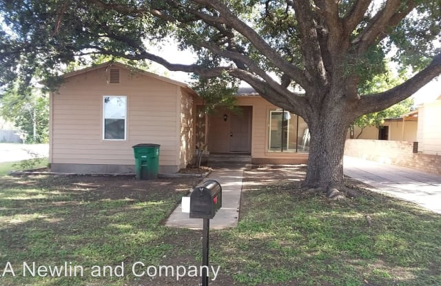 2401 Forest Park Blvd - 2401 Forest Park Ave, San Angelo, TX 76901