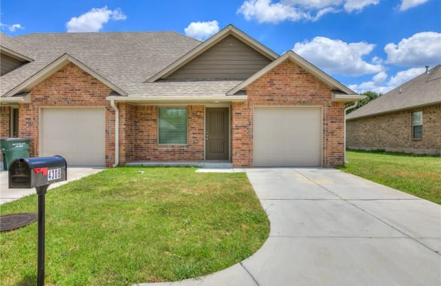 4300 Huntly Drive - 4300 Huntly Dr, Del City, OK 73115