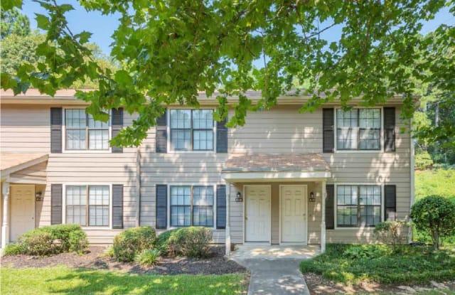 Lake Ridge Apartments - 503 W Chatam St, Apex, NC 27502