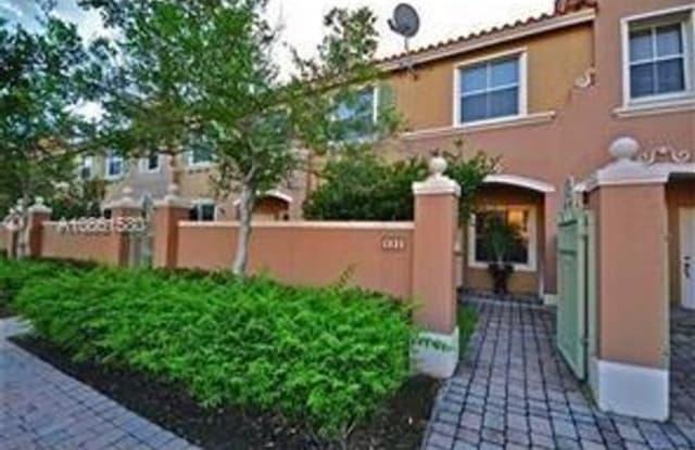 622 Southwest 106th Avenue - 622 Southwest 106th Avenue, Pembroke Pines, FL 33025
