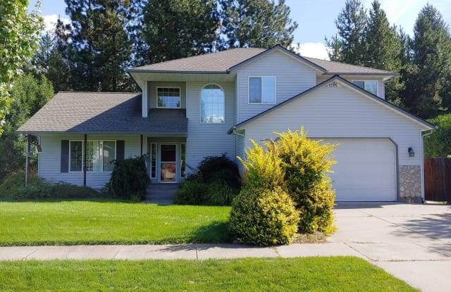 4044 N Huntercrest Dr. - 4044 North Huntercrest Drive, Coeur d'Alene, ID 83815