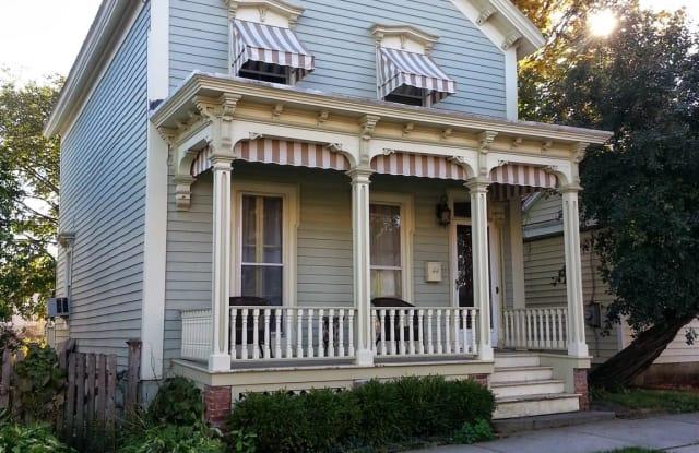 44 WALTON ST - 44 Walton Street, Saratoga Springs, NY 12866