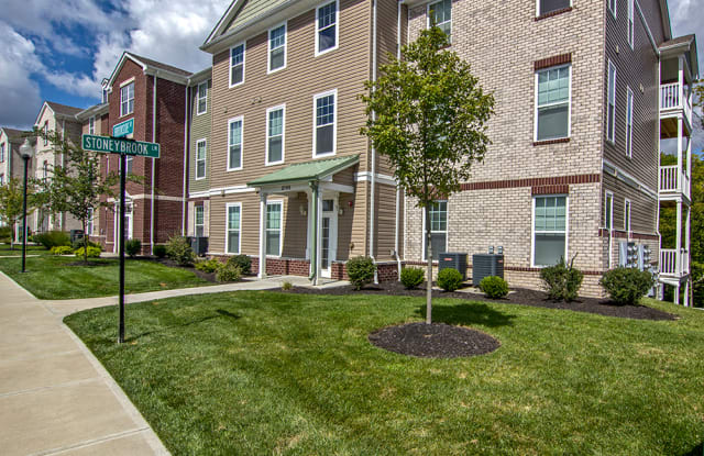 Overlook Apartment Homes - 3000 Stoneybrook Ln, Elsmere, KY 41018