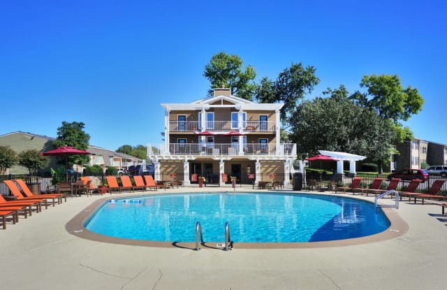The Arbours of Hermitage - 6001 Old Hickory Blvd, Nashville, TN 37076