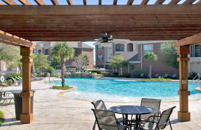 The Villas at Wylie - 600 Woodbridge Pkwy, Wylie, TX 75098