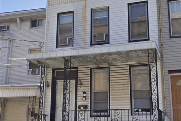 400 SUMMIT AVE - 400 Summit Avenue, Jersey City, NJ 07306