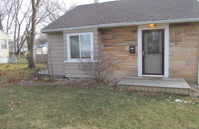 655 36th St. NE - 655 36th Street Northeast, Cedar Rapids, IA 52402
