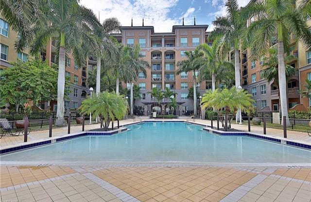2825 Palm Beach BLVD - 2825 Palm Beach Boulevard, Fort Myers, FL 33916