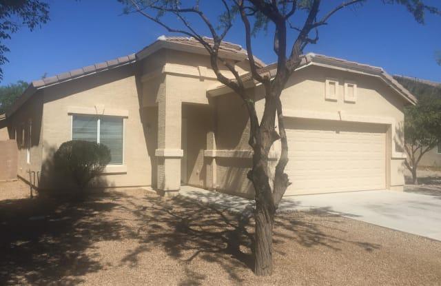 802 W BALDWIN Loop - 802 Baldwin Loop, Coolidge, AZ 85128