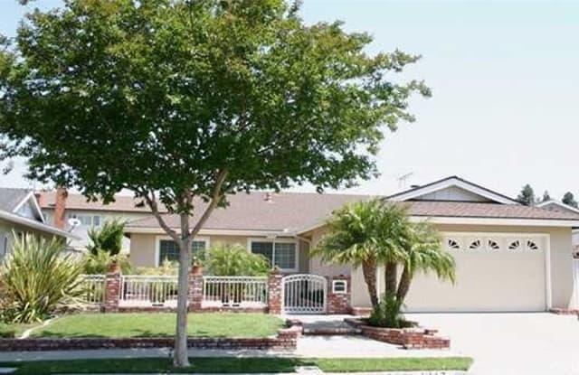 4917 Hazelnut - 4917 Hazelnut Avenue, Seal Beach, CA 90740