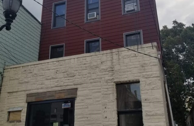 6708 PARK AVE - 6708 Park Avenue, West New York, NJ 07093