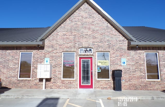 1125 W. St Hwy 152 - 101 B - 1125 W State Highway 152, Mustang, OK 73064