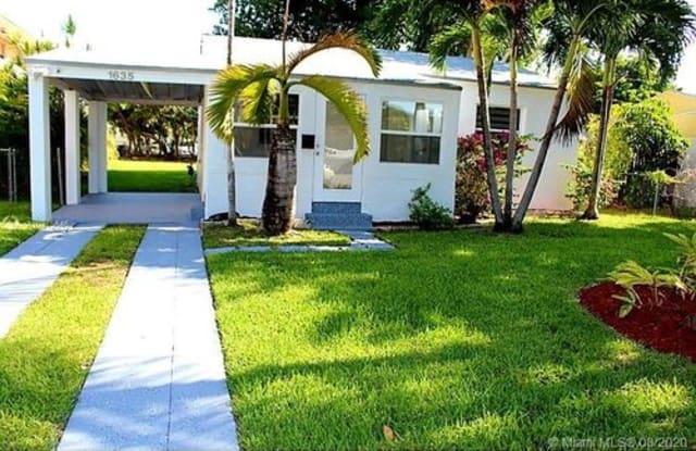 1635 Wiley Street - 1635 Wiley Street, Hollywood, FL 33020