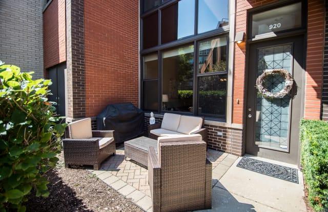 920 North Crosby Street - 920 N Crosby St, Chicago, IL 60610