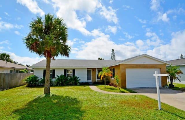 113 Via De La Reina - 113 Via De La Reina, Merritt Island, FL 32953