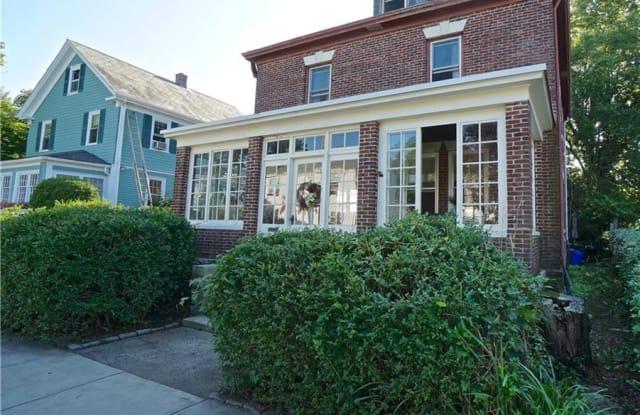 7 Sylvan Street - 7 Sylvan Street, Newport, RI 02840