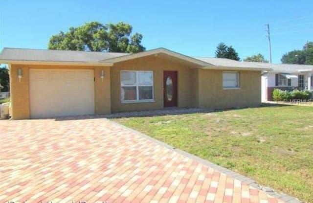10935 Rexdale Ave - 10935 Rexdale Avenue, Bayonet Point, FL 34668
