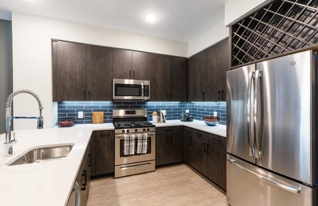 100 House - 100 Hoboken Avenue, Jersey City, NJ 07310