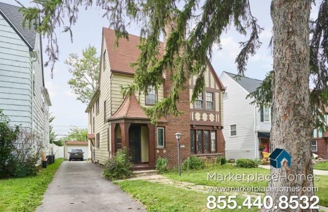 3622 Lindholm Rd Unit 2 - 3622 Lindholm Road, Shaker Heights, OH 44120