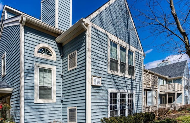7778 WILLOW POINT DRIVE - 7778 Willow Point Drive, West Falls Church, VA 22042