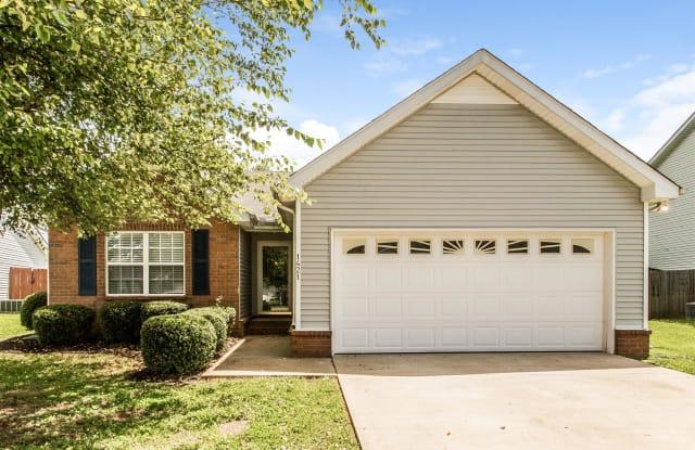 1421 Amal Dr - 1421 Amal Drive, Murfreesboro, TN 37128