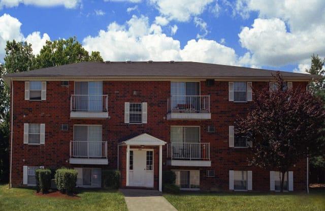 Walnut Hills Apartments - 12601 Walnut Hill Dr, North Royalton, OH 44133