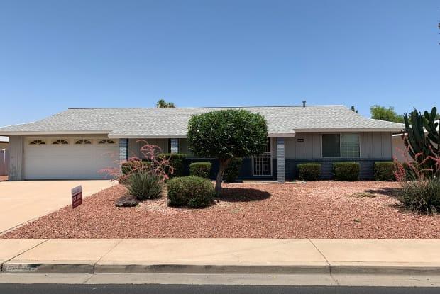 13842 N 103rd Ave - 13842 North 103rd Avenue, Sun City, AZ 85351