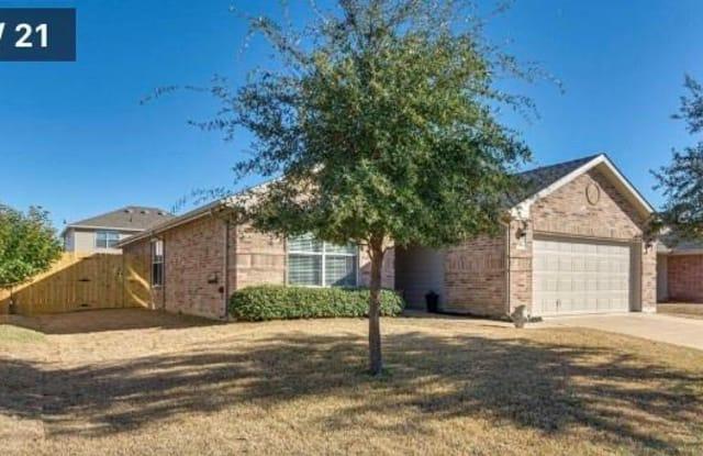 314 Saddlebrook Drive - 314 Saddlebrook Drive, Krum, TX 76249