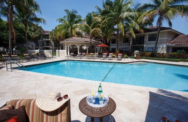 Gables Town Colony - 6079 Town Colony Dr, Boca Raton, FL 33433