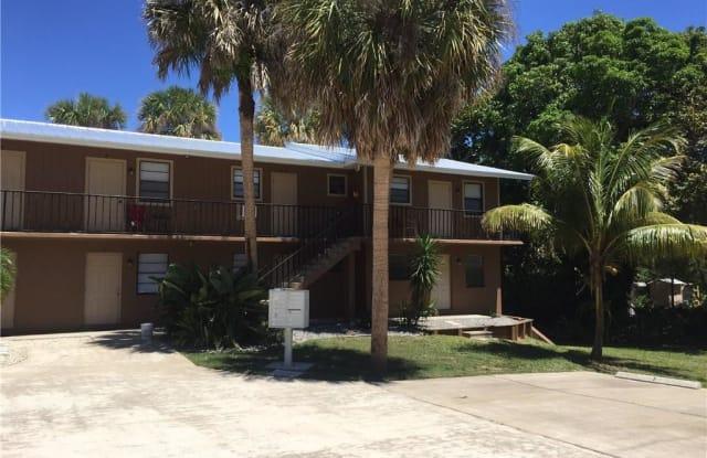 2121 NE Park street Park Street NE - 2121 NE Park St, Jensen Beach, FL 34957