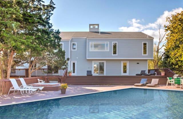 32 Reynolds Drive - 32 Reynolds Drive, Westhampton Beach, NY 11978