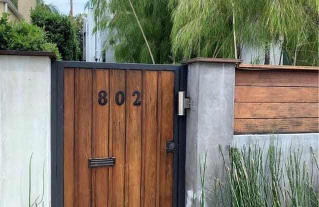 802 North HARPER Avenue - 802 North Harper Avenue, Los Angeles, CA 90046