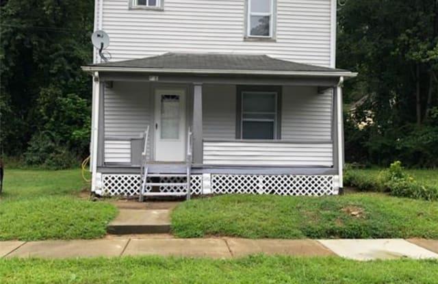 79 West Glenwood Ave - 79 West Glenwood Avenue, Akron, OH 44304