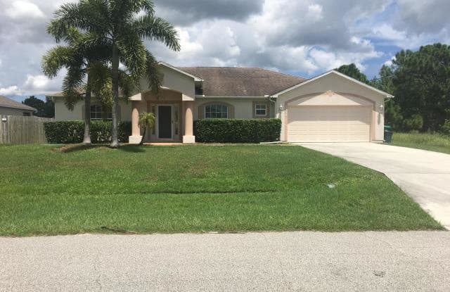 5338 NW South Crisona Circle - 5338 Northwest South Crisona Circle, Port St. Lucie, FL 34986