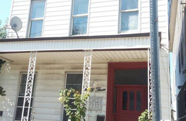 63 WESTERN AVE - 63 Western Avenue, Jersey City, NJ 07307