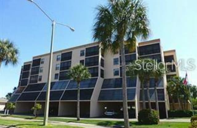 9860 62ND TERRACE N - 9860 62nd Terrace North, Bay Pines, FL 33708