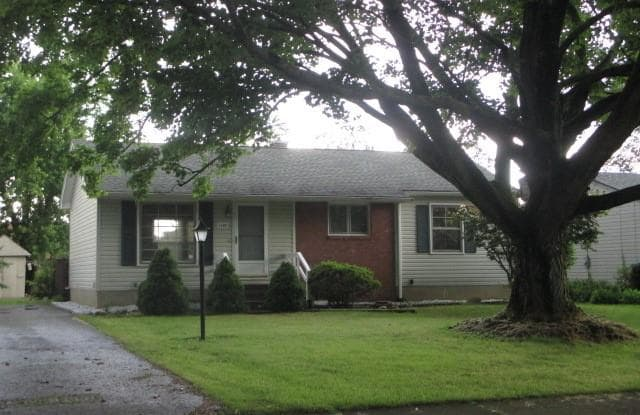 3380 Sunnybrooke Dr - 3380 Sunnybrooke Dr, Youngstown, OH 44511
