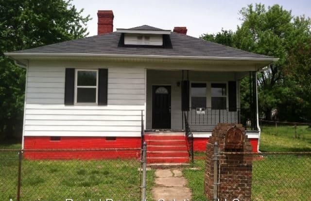 300 S Crigler St Mecklenburg County - 300 South Crigler Street, Charlotte, NC 28208