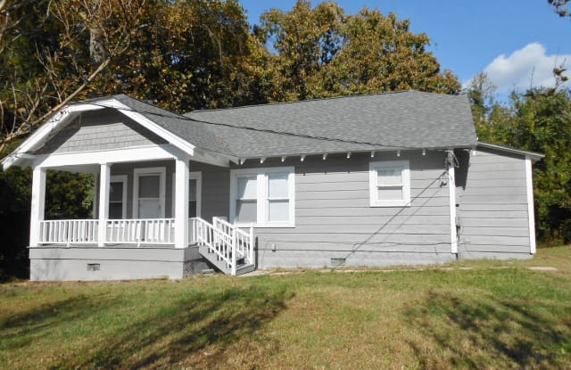 15 Luther Dr - 15 Luther Street, Greenville, SC 29607