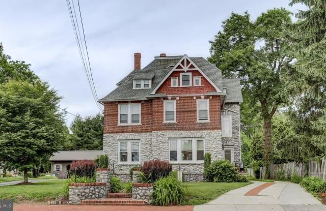 441 E LANCASTER AVENUE - 441 East Lancaster Avenue, Downingtown, PA 19335