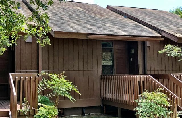 110 Lakeside Villa - 110 Lakeside Villa, Diamondhead, MS 39525