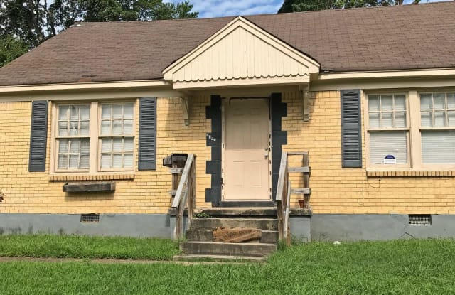 1157 W Lexington Cir - 1157 West Lexington Circle, Memphis, TN 38107