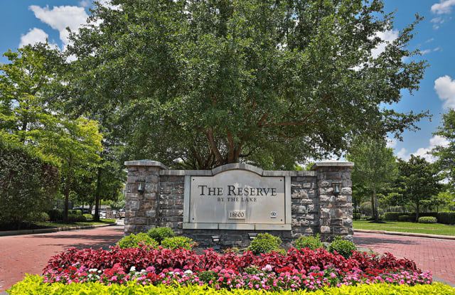 Reserve by the Lake - 18600 S Parkview Dr, Houston, TX 77084
