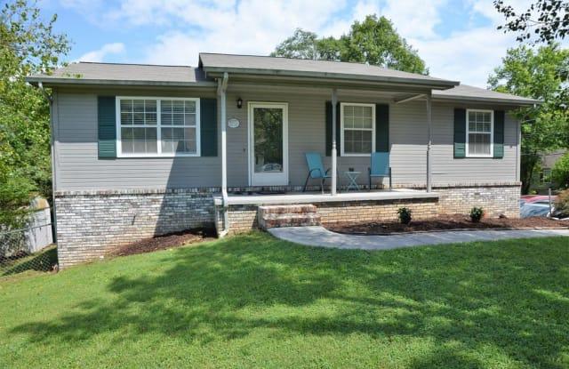 4015 Abercorn Rd - 4015 Abercorn Road, Knoxville, TN 37921