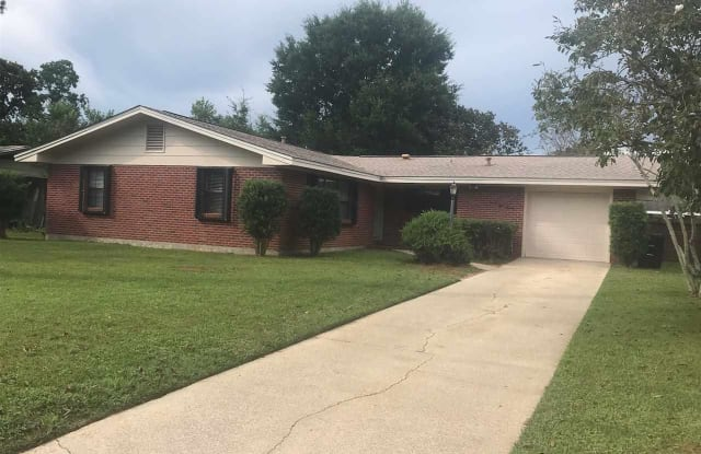 3820 TOM LANE DR - 3820 Tom Lane Drive, Pensacola, FL 32504