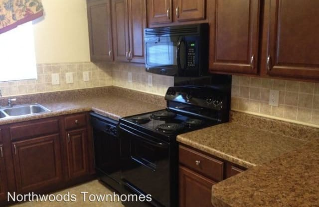 Northwoods Townhomes - 411 Gregory Dr, Cary, NC 27513