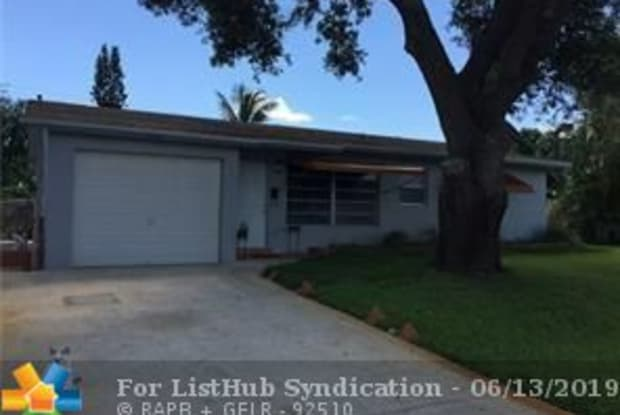 1460 SW 4th Ter - 1460 Southwest 4th Terrace, Deerfield Beach, FL 33441