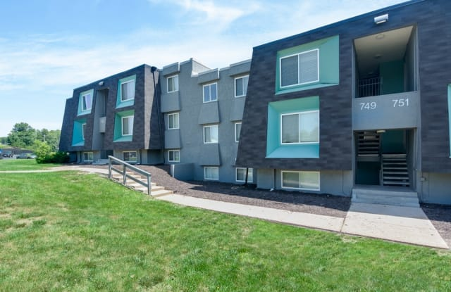 NoRi Apartments - 735 NW 60th St, Kansas City, MO 64118